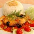 Cá thu kho cà chua ngon cơm ngày lạnh