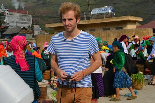 Chợ phiên Mèo Vạc thu hút du khách tham quan